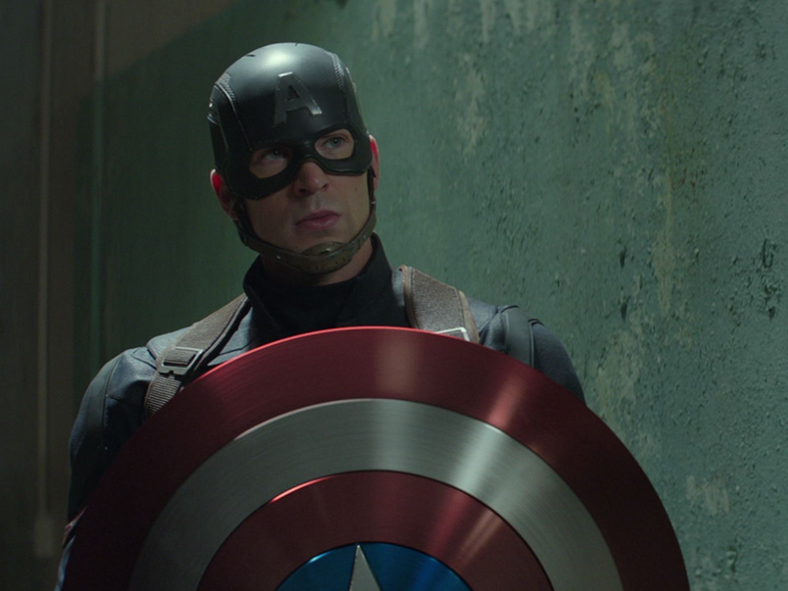 captain america fan has part of nose chopped off to look